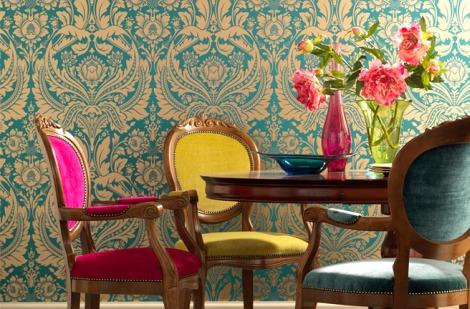 Turquoise-figural-motifs-wallpaper-decor-via-picsdecor